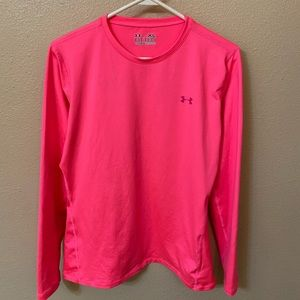 Under Armour Size XL Pink Fitted Workout Top
